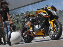 Benelli Café Racer 1130 - 10