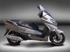 Keeway Silverblade 250 - 02